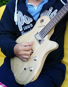 Electric guitar made of paulownia wood